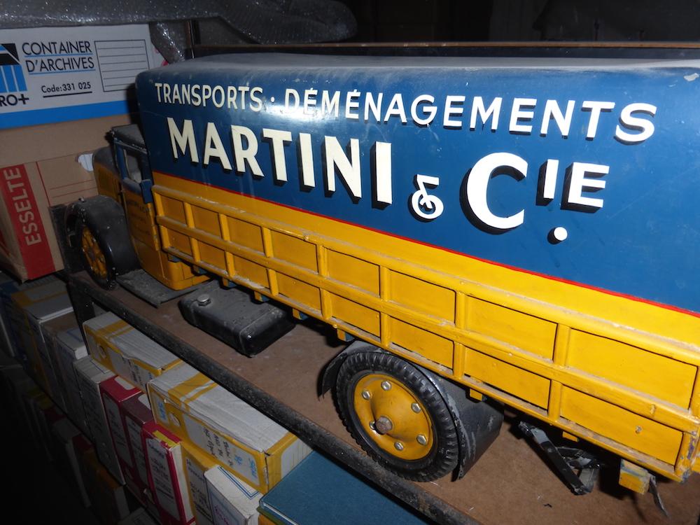Maquette ancienne camion Martini