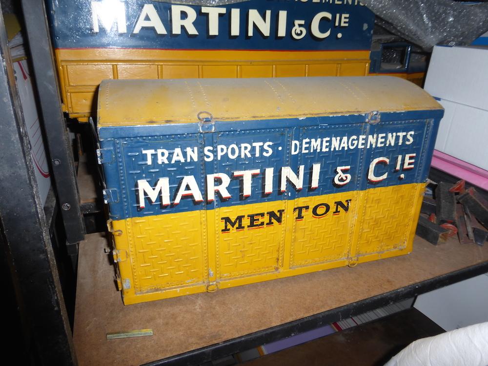 Modèle réduit d'un conteneur de l'agence Martini Menton