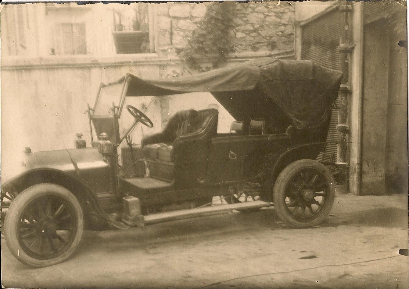 la voiture de fonction de François Becchi