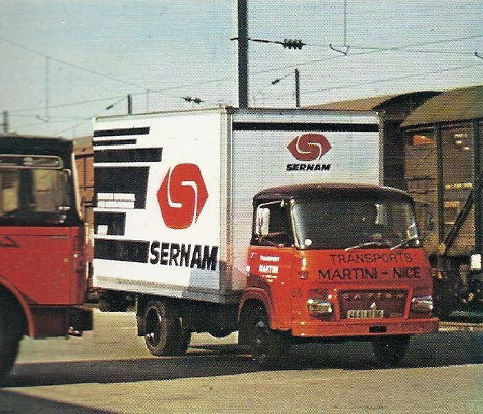 Camionnete MARTINI aux couleurs SERNAM