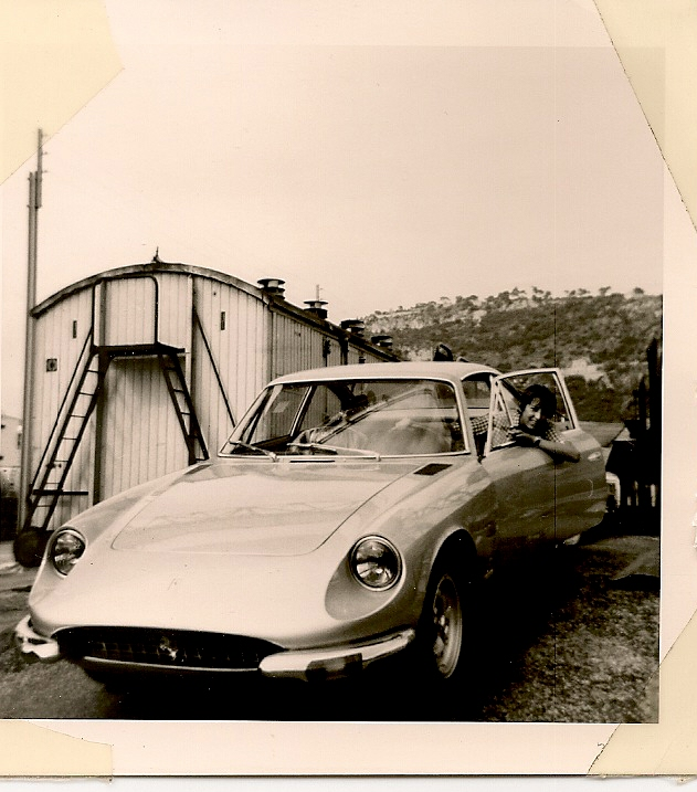 Edouard à la gare St Roch en 1970 sortant la Ferrari de Sacha Distel