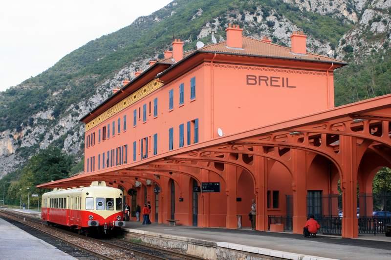 Partie de la gare de Breil.jpg