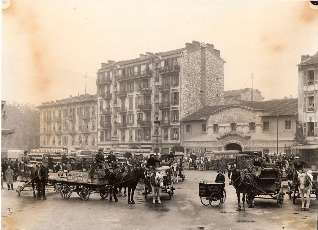 Partie du matériel place Auguste Blanchi à Nice